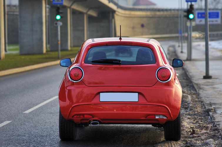 Liten rød bil. Foto